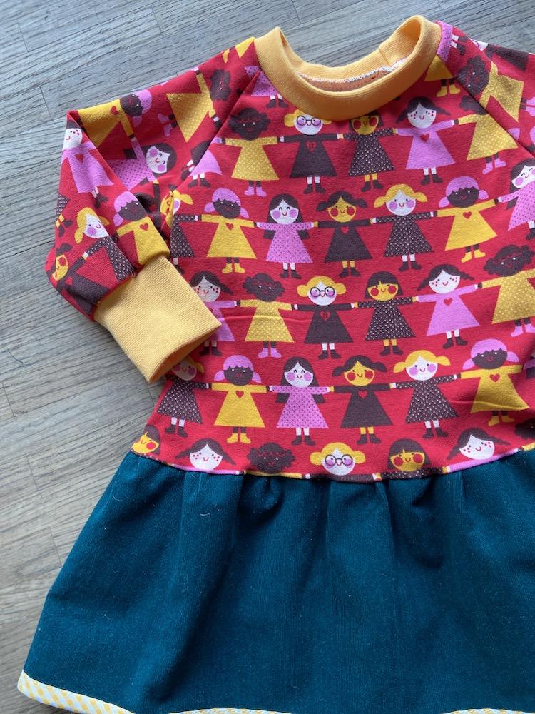 RaglanShirtKleid  - Langarm - Zusammen