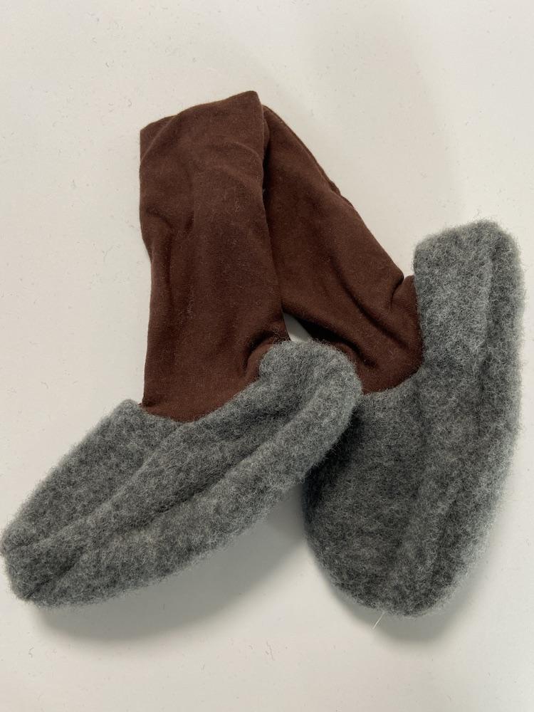 Wolle hellgrau / braun