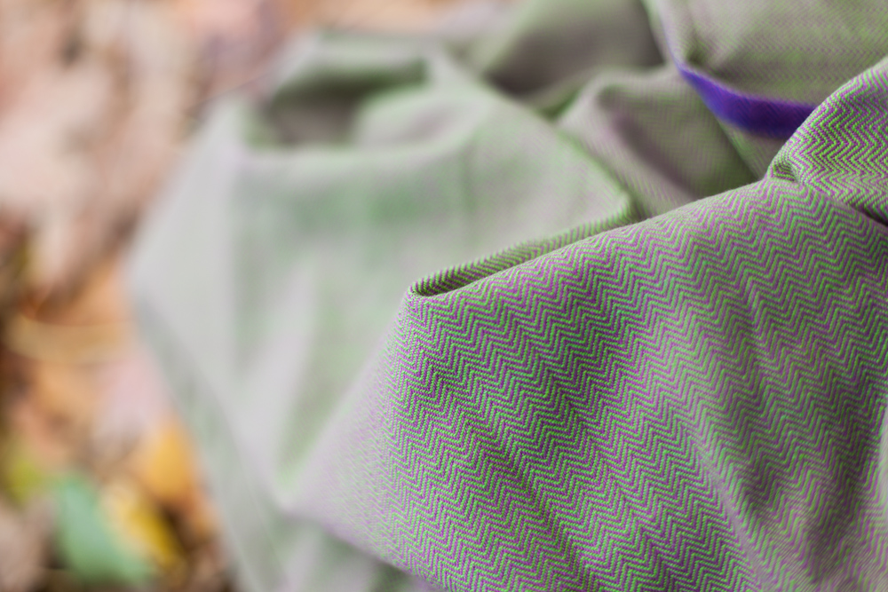 Girasol Exclusive Ringsling - Stachelbeere lila Diamant
