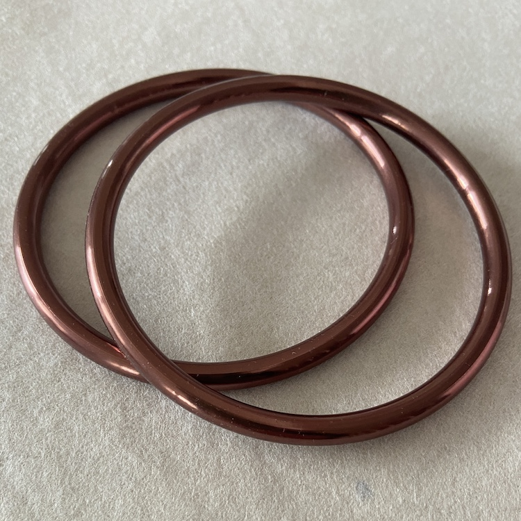 bronze glänzend