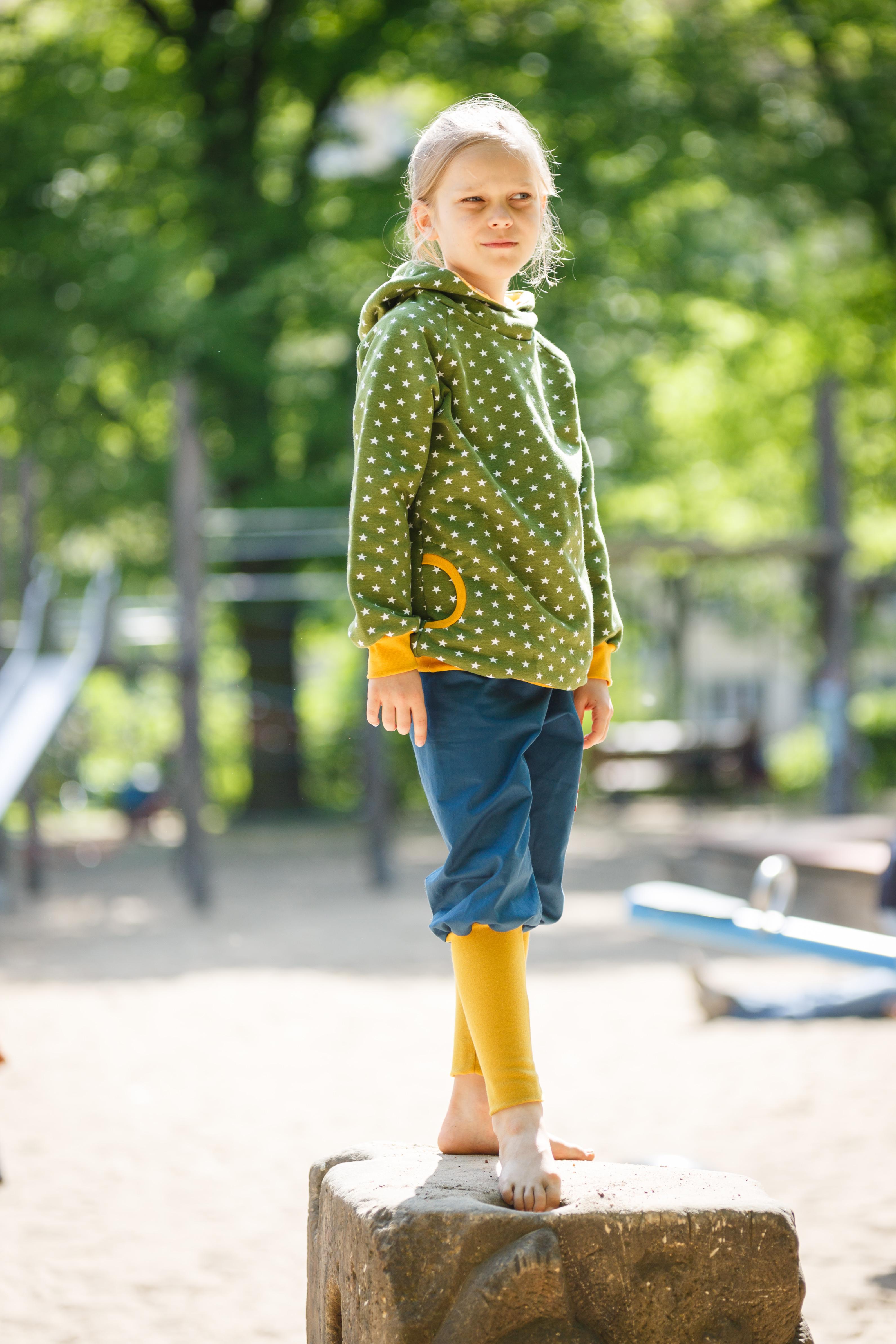 Hoodie / Kapuzen Pullover - Sterne grün